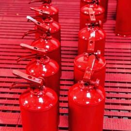 Manutenção de extintores de incêndio na Vila Mariana