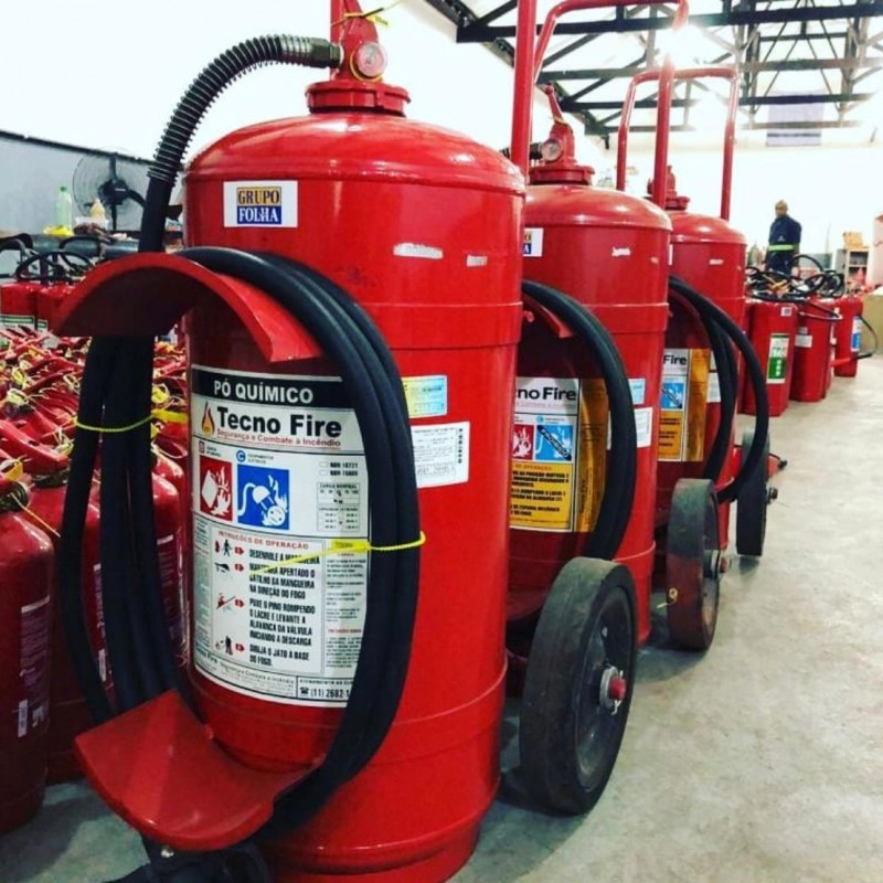 Imagem: Extintor de incêndio pó químico ABC |Tecnofire